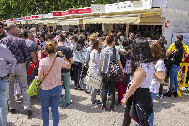 La 77ª edición de la Feria del Libro de Madrid cerró con un total de 2,2 millones de visitas y 8,2 millones de euros en ventas