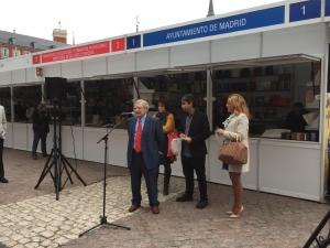 Manuel Gil presenta #FeriaLibroPlazaMayor