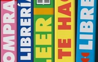 Cartel de la campaña apoyo sector librero