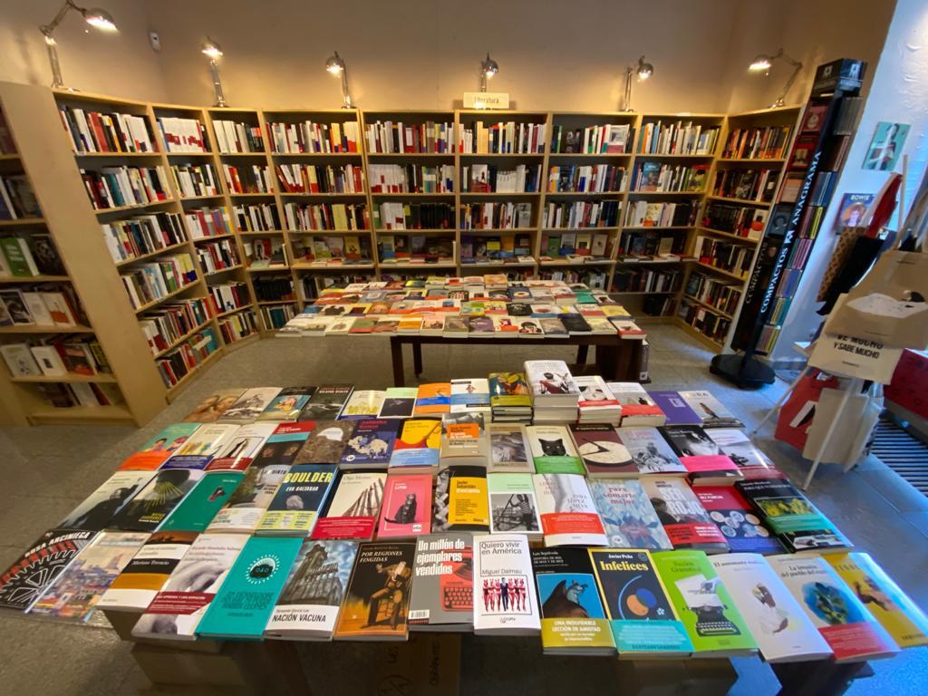 El Ayuntamiento de Madrid renovará los fondos de las bibliotecas municipales a través de la compra en librerías de barrio